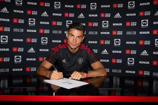 Cristiano Ronaldo officially signed his new Manchester United contract on Thursday