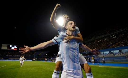Declan Rice of West Ham United celebrates with Manuel Lanzini after scoring their side's second goal during the UEFA Europa League group H match between Dinamo Zagreb and West Ham United