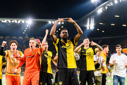 Manchester United slumped to a shock Champions League defeat against Young Boys last night