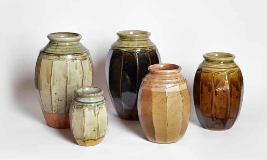 Richard Batterham's pots are not decorated in the usual sense. Subtly positioned chatter marks and incised or raised lines harmoniously bring out the shape of the vessel.