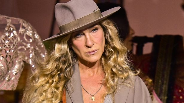 Sarah Jessica Parker was back on set less than a week after Willie Garson's death