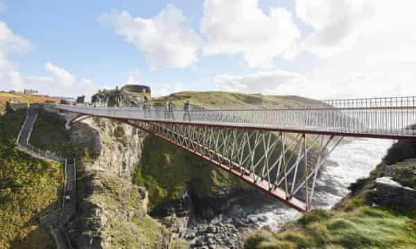 Tintagel Castle footbridge by Ney & Partners and William Matthews Associates.