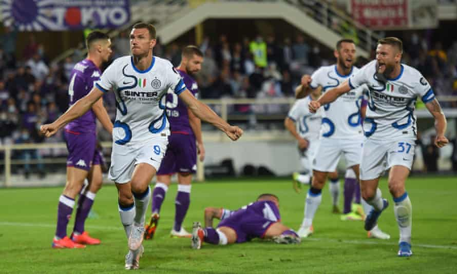Edin Dzeko celebrates after heading Inter in front against Fiorentina.