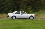 Large 9108 Mercedes Benz190E