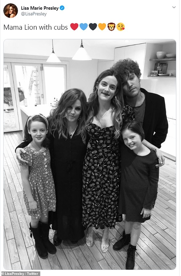 FAM:Lisa Marie has also been married to Danny Keough, Nicolas Cage and Michael Lockwood. Her children include Riley Keough, Benjamin Keough, Finley Aaron Love Lockwood and Harper Vivienne Ann Lockwood