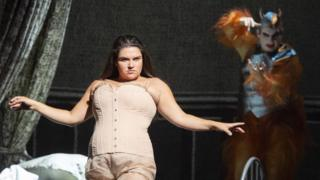 Kathryn Lewek in Orpheus in the Underworld