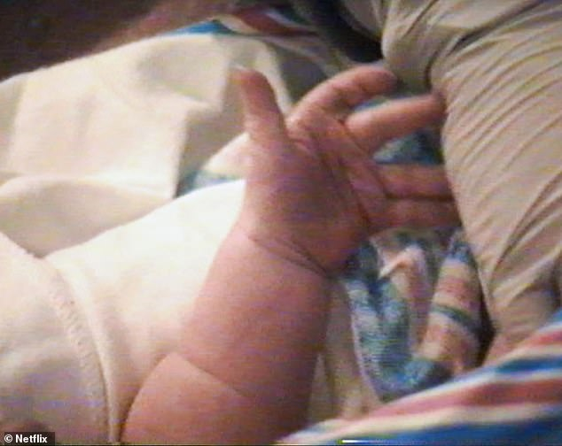 She's here!The documentary also shares a photo of Stomi's fingers after she was first born
