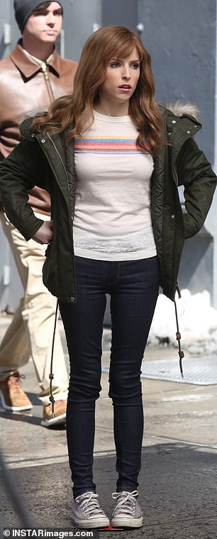 Banging the scene out: The Pitch Perfect star had bangs in one winter scene