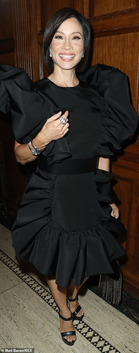 A classic! Lucy Liu and Jennifer Coolidge wowed in timeless black for the big show