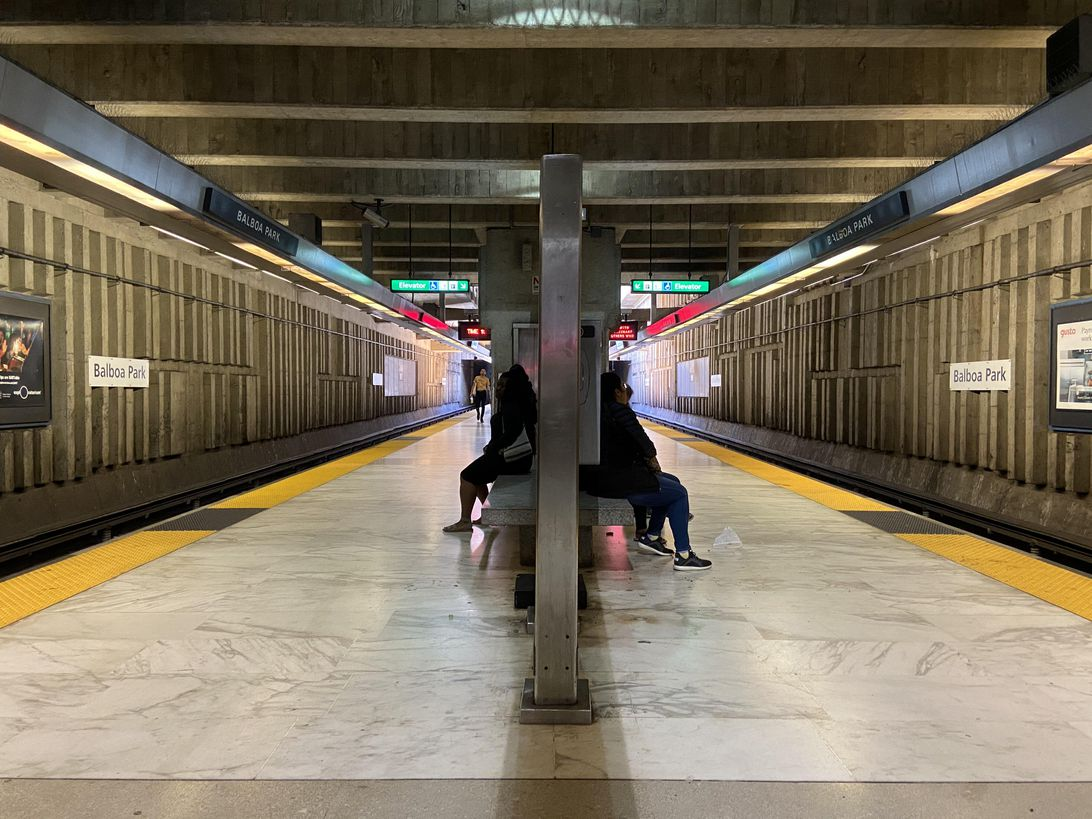 bart-platform-iphone-11