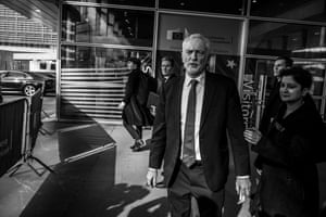 Corbyn and team arrive at the European Commission