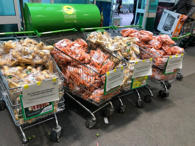 Free carrots and parsnips at Asda