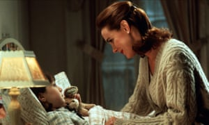 Elizabeth Perkins in Miracle on 34th Street