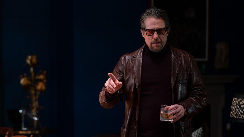 Hugh Grant as slimy private investigator Fletcher in 'The Gentlemen'. (Credit: EFD)