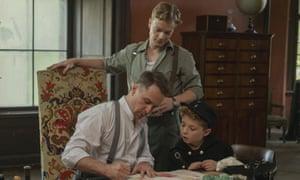 Alfie Allen, Sam Rockwell and Roman Griffin Davis in Jojo Rabbit.