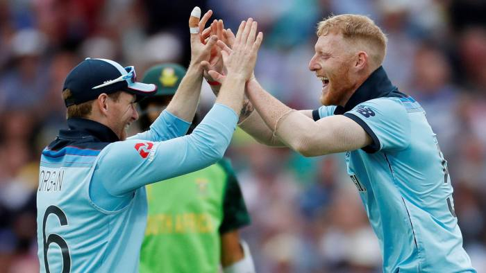 Cricket - ICC Cricket World Cup - England v South Africa - Kia Oval, London, Britain - May 30, 2019 England's Ben Stokes celebrates the wicket of South Africa's Imran Tahir with Eoin Morgan Action Images via Reuters/Paul Childs