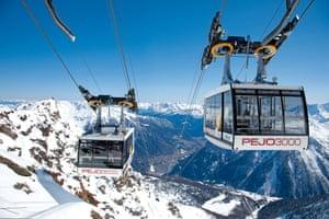A ski lift at Pejo 3000.