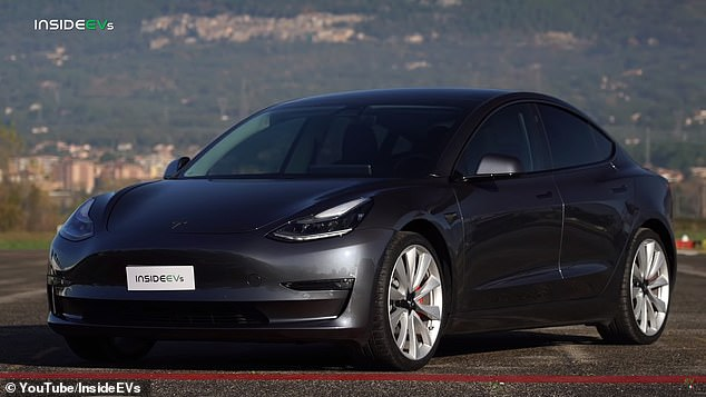 In the initial seconds of the race, the Tesla, with its 450 horsepower and tons of torque, gets the edge