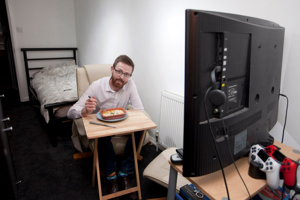 What I Rent... Dominic Lord in his very small one room flat in Bagshot