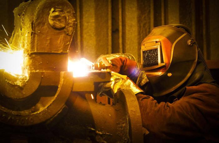 Bonds CastTech steel foundry, Crook Co' Durham, 8/11 2016. Photo©: Mark Pinder +44 (0)7768 211174 pinder.photo@gmail.com
