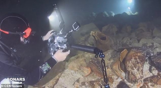 Although the cave had been explored previously, experts are now able to give it a more thorough examination using modern technologies, with some 200 new amphorae found as result, project leader Manel Fumás told Central European News