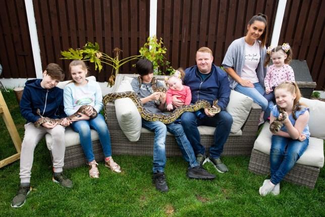 L-R Robert, 12, Chloe, 11, Jake, 12, Megan, 21 months, Dad Scott Gavin, mum