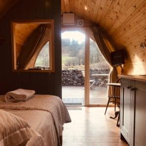 Hobbit Hole accommodation