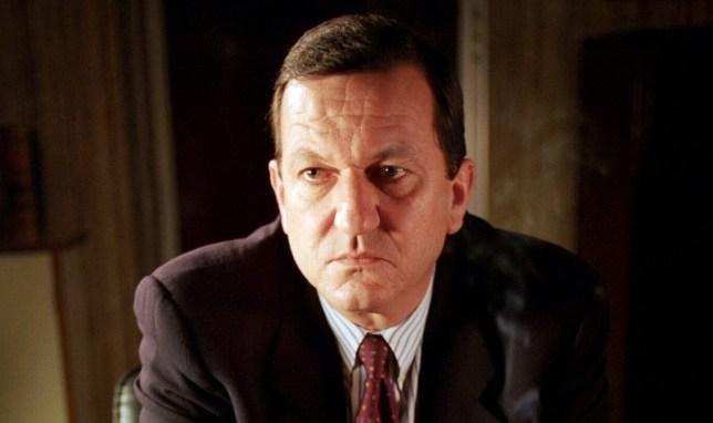 John Benfield dies