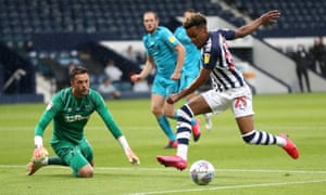 Grady Diangana gets ready to slot the ball home to open the the scoring for the Baggies.