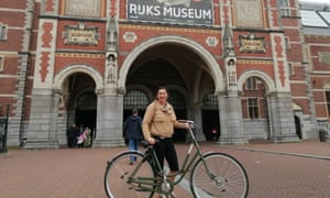 The author and her bike at the Rijksmuseum