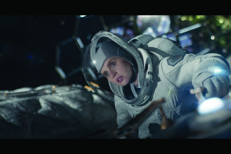 Felicity Jones as Sully
