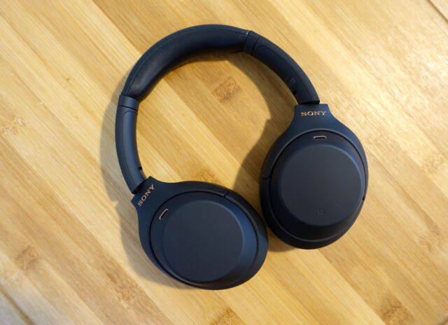 Sony's WH-1000XM4 is one the best pairs of wireless headphones you can buy.