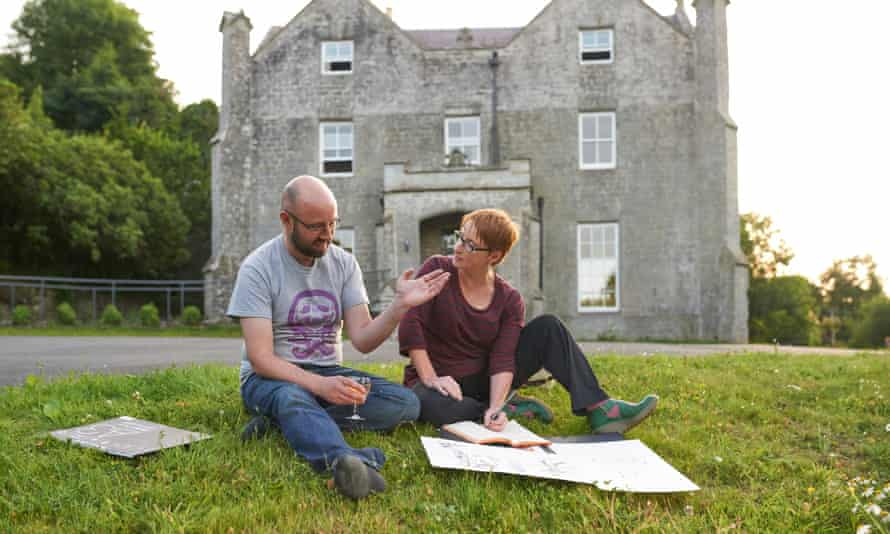 A range of online courses are run by Arvon Writers' Retreats