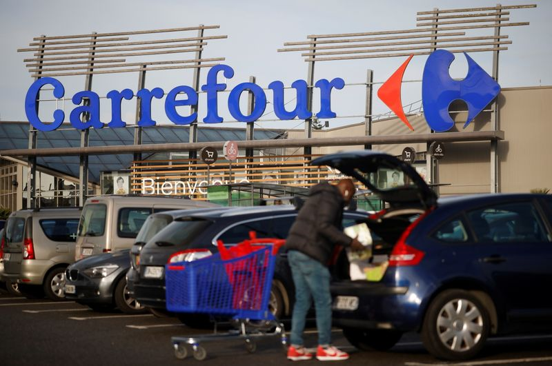 © Reuters. Carrefour Hypermarket store in France