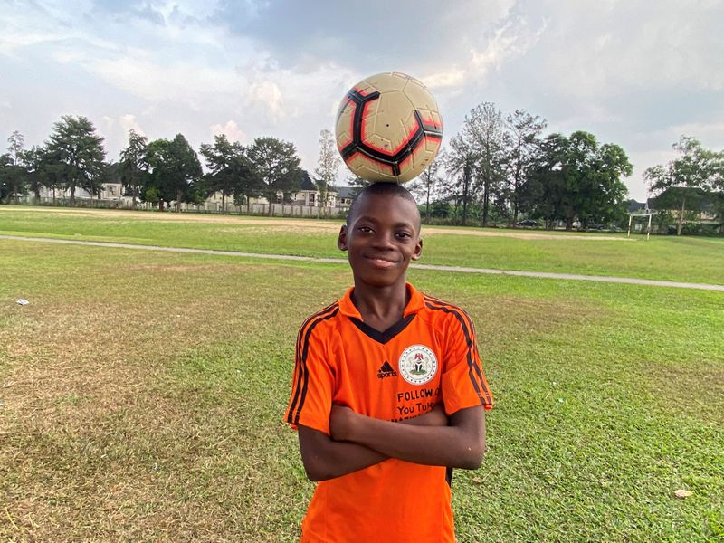 © Reuters. Nigerian boy enters world records book for freestyle football skills