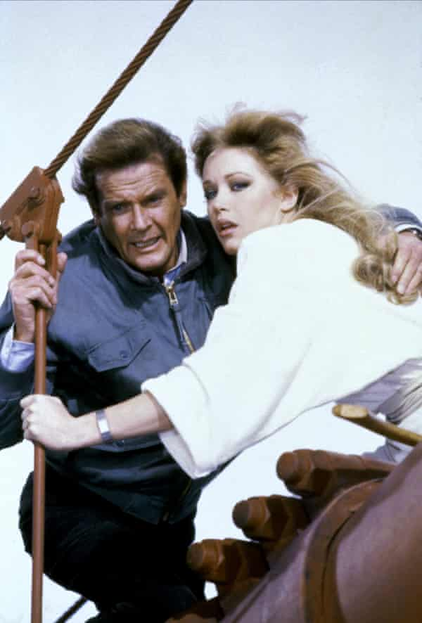 Tanya Roberts as Stacey Sutton and Roger Moore as James Bond in a scene from A View To a Kill, 1985.