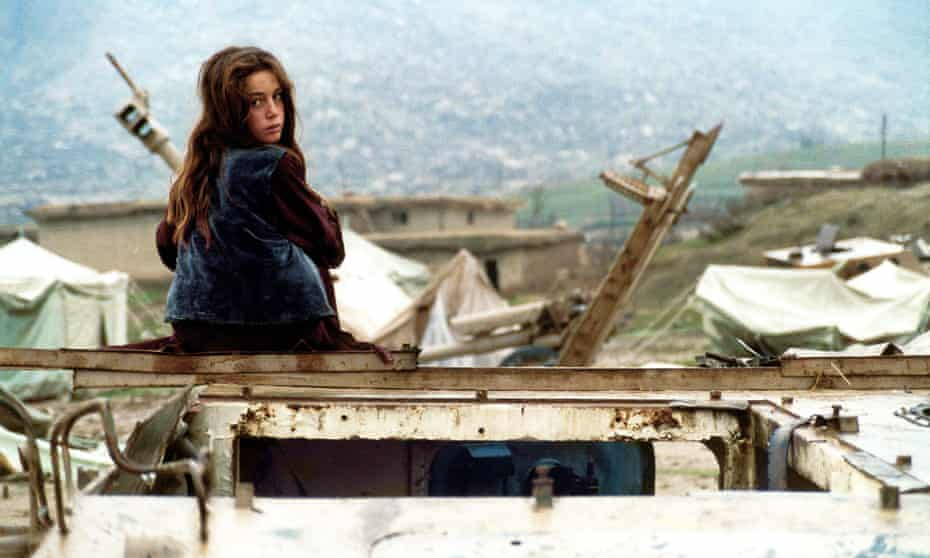 A still from Avaz Latif's 2004 film Turtles Can Fly.