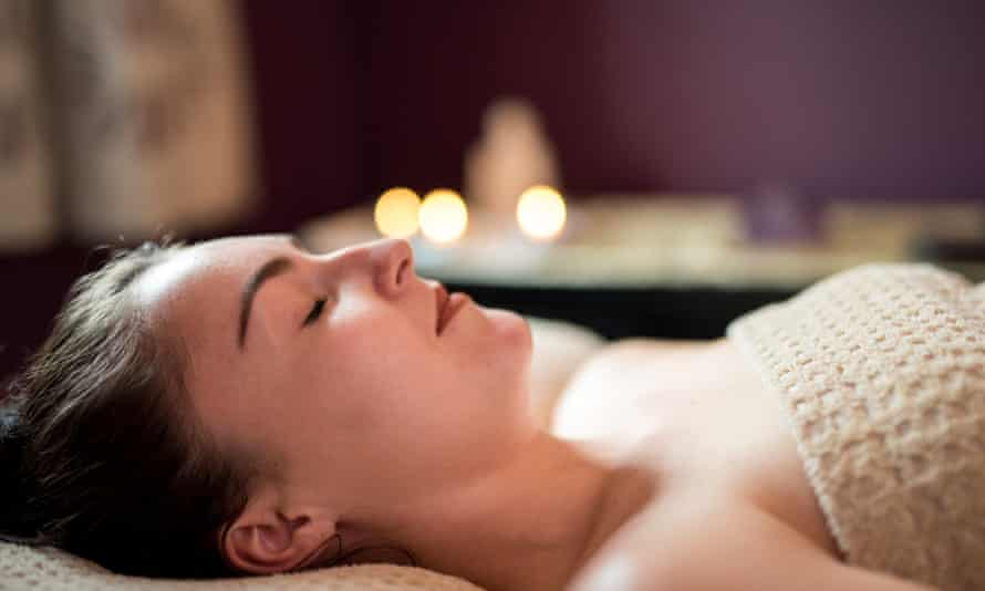 A relaxing massage at Middle Piccadilly in Dorset