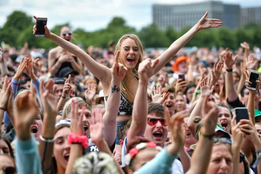 The crowd at Trnsmt festival 2019.