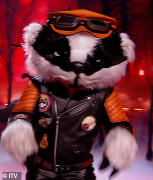 Wow!Badger opted to sing Kelly Clarkson's Because Of You