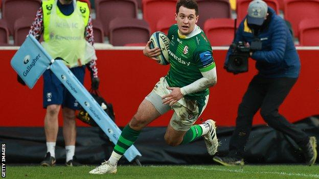 Tom Parton scores a try for London Irish