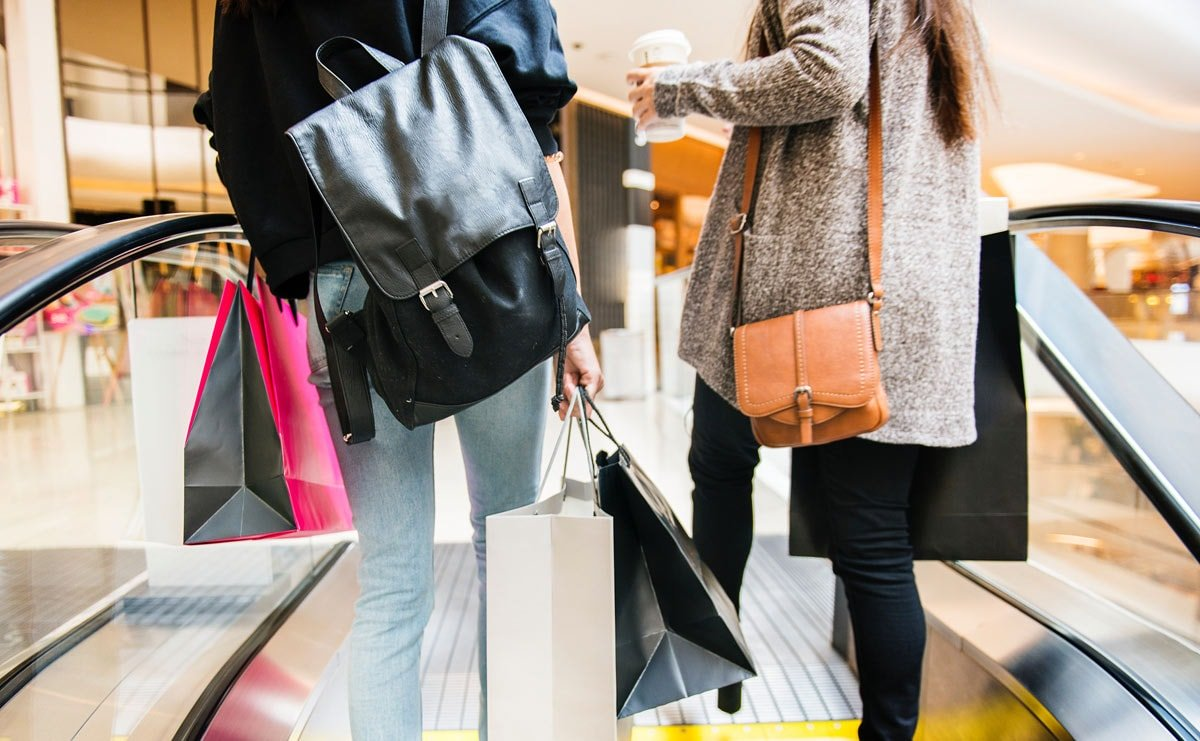 Non-essential stores in England set to reopen in April