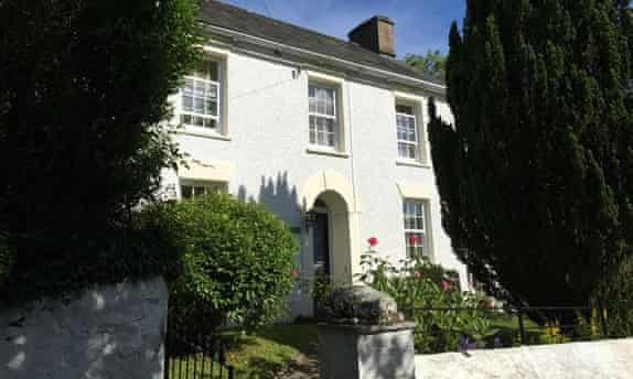 Brynsiloh Cottage, near Traeth Soden, Ceredigion