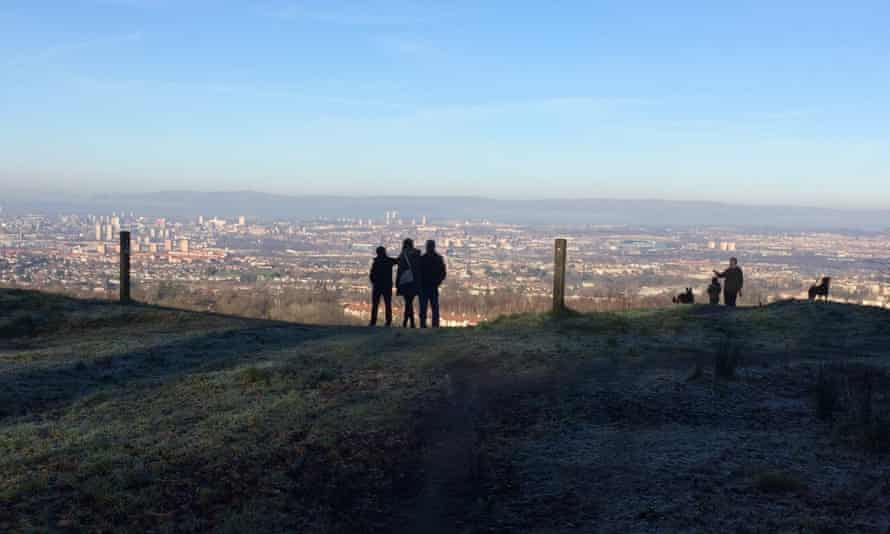 The viewpoint on Glasgow's Cathkin Braes
