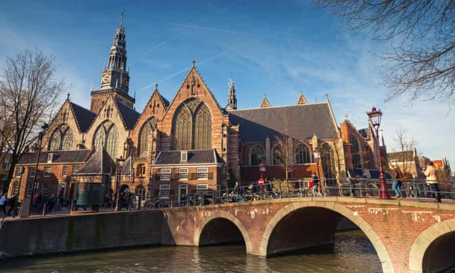 Oude Kerk (the 'old church'), where Rembrandt got married.