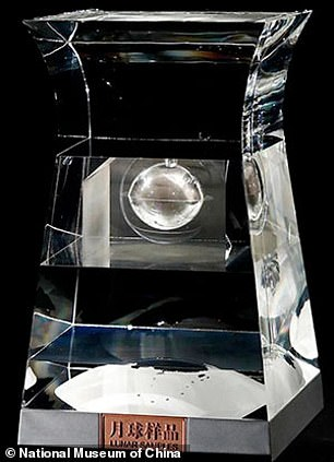 The images show the samples as small as dust particles up to larger chunks, along with samples inside a crystal container