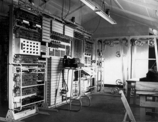 The Colossus mark II computer in 1943.