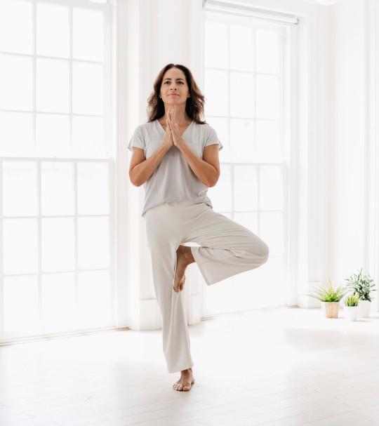 Gabriella Espinosa - tree pose