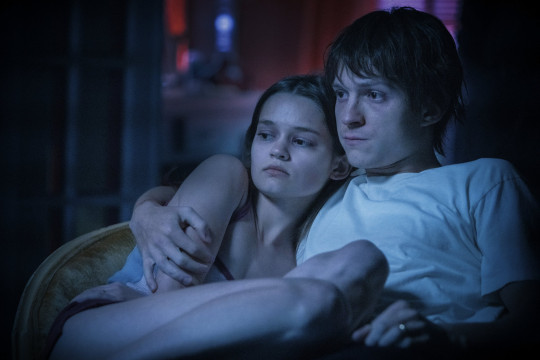 Ciara Bravo as Emily and Tom Holland as Cherry in Cherry