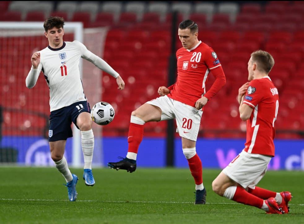 <p>England take on Poland</p>